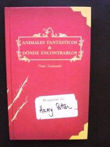 Portada de ANIMALES FANTÁSTICOS Y DÓNDE ENCONTRARLOS